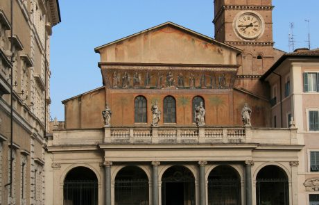 Saint Mary in Trastevere at the heart of Medieval Rome